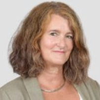 Anke  Berger is Managing Editor for Public Health Reviews